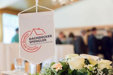 Fahne Dachdecker Spengler Handwerkerverband