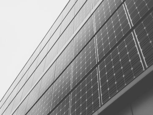 Bild zeigt Photovoltaik Anlage