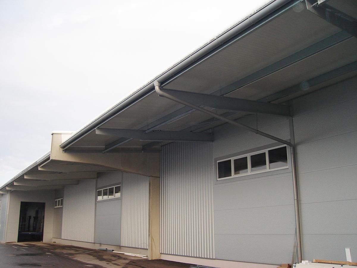 Bauspenglerarbeiten Spengler & Fassade TR Flachdachbau - GU
