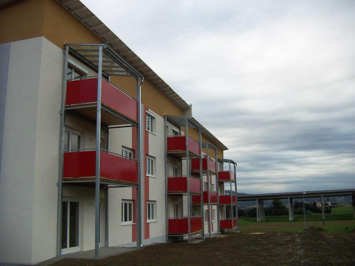 Blechdach Spengler, Flachdach, Fassade Hölzlsauer - GU