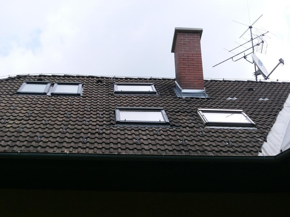 Dachflächenfenster Dachdecker & Spengler Bau & Dach - Graz