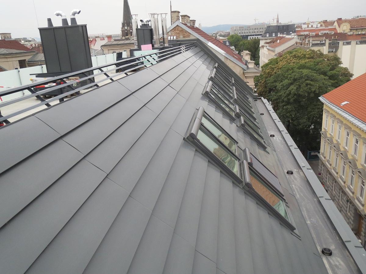 Dachflächenfenster Dachdecker, Spengler & Fassaden Zidek