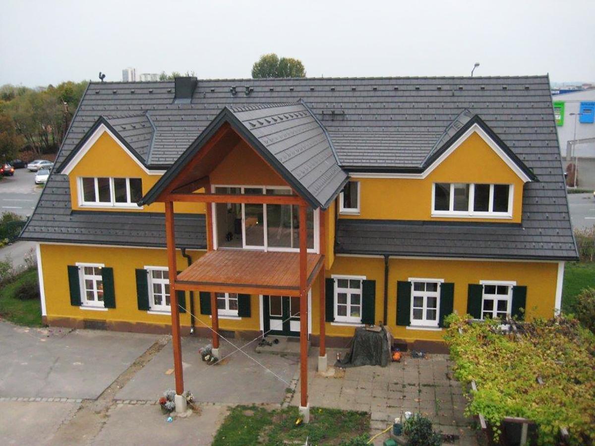 Dachflächenfenster Dachdecker & Spengler Altenburger - Leibnitz