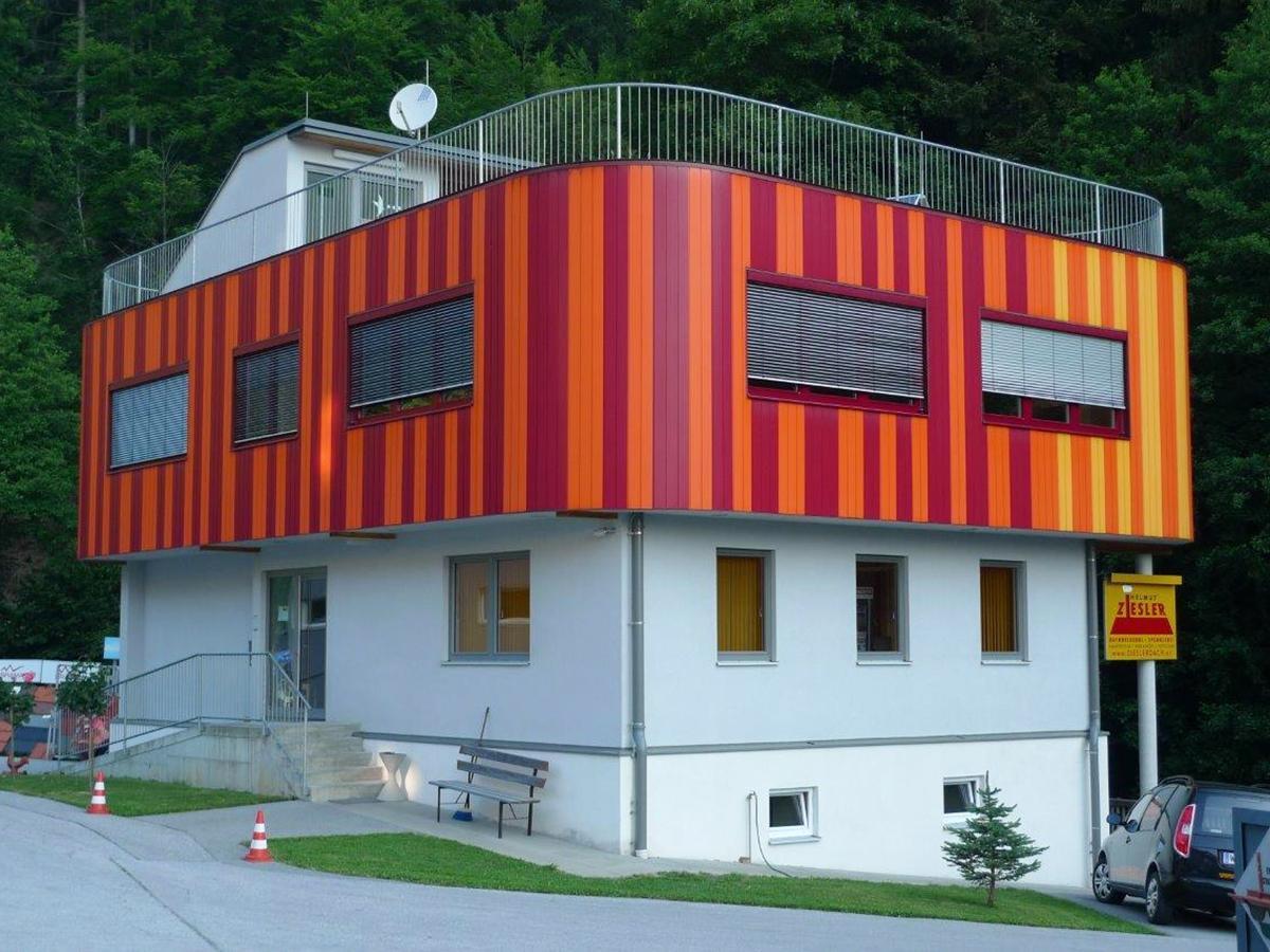 Fassade Dachdecker, Spengler & Bauwerksabdichter Ziesler - Anger