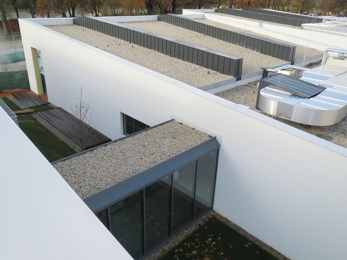 Flachdach Dachdecker, Spengler & Fassaden Zidek