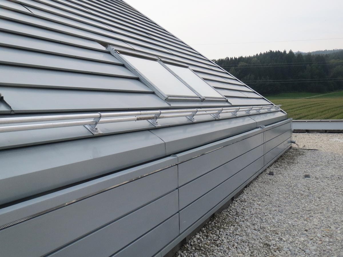Schneeschutz / Schneefänger Dachdecker, Spengler & Fassaden Zidek