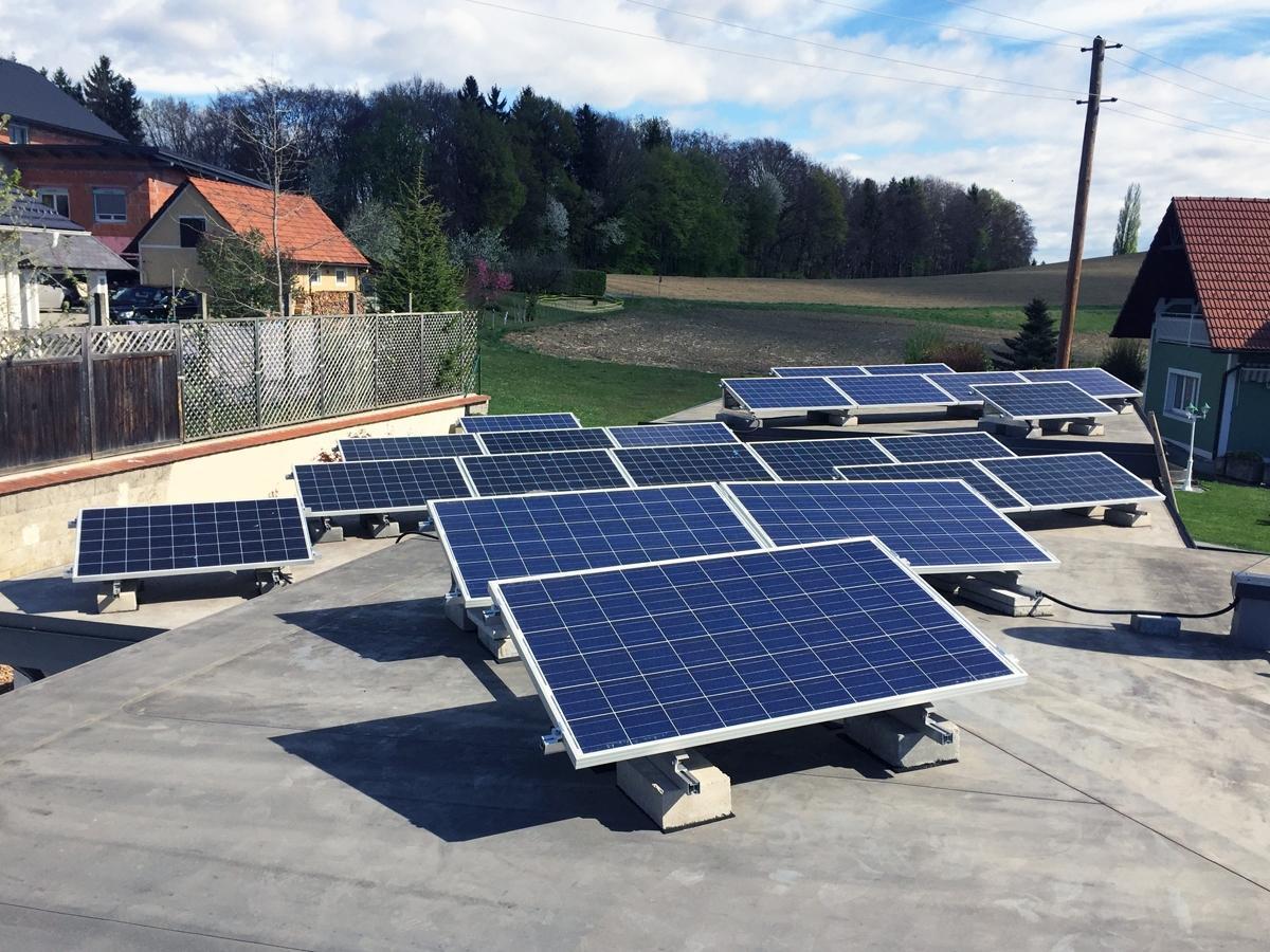 Photovoltaik Dachdecker, Spengler Salamon & Scherr - Paldau